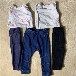 Set of 5 Baby clothes. 9 to 24 M.